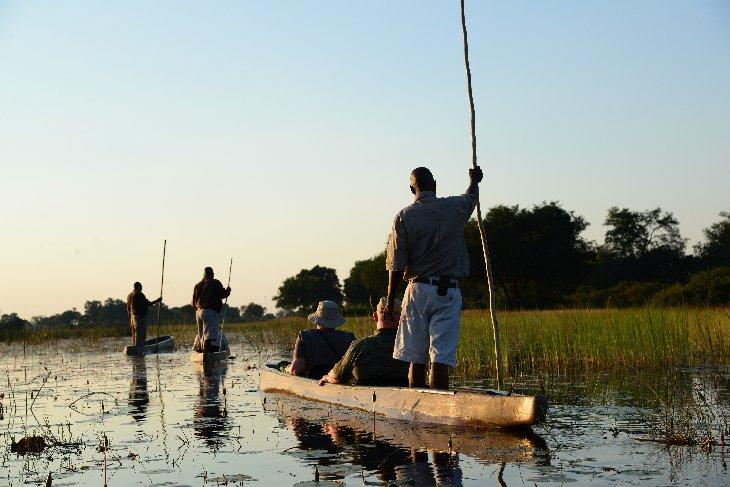 Mokoro canoe trip
