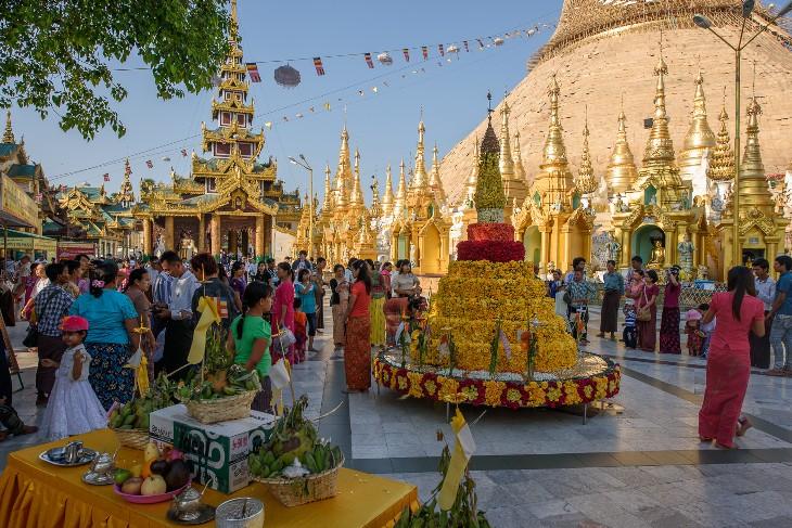 Pilgrims at Schwedagon Pagoda, Yangon