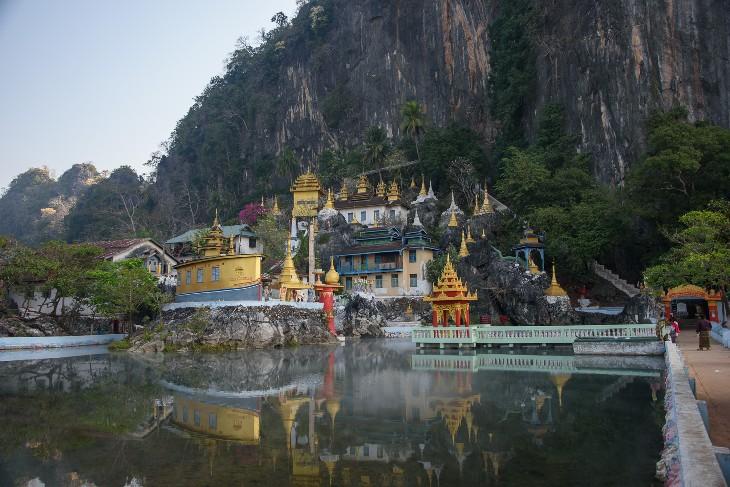 Bayin-Nyi cave monastery